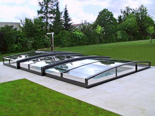 abris-piscine- suisse